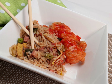 Sweet And Sour Pork with Fried Rice - 200gm